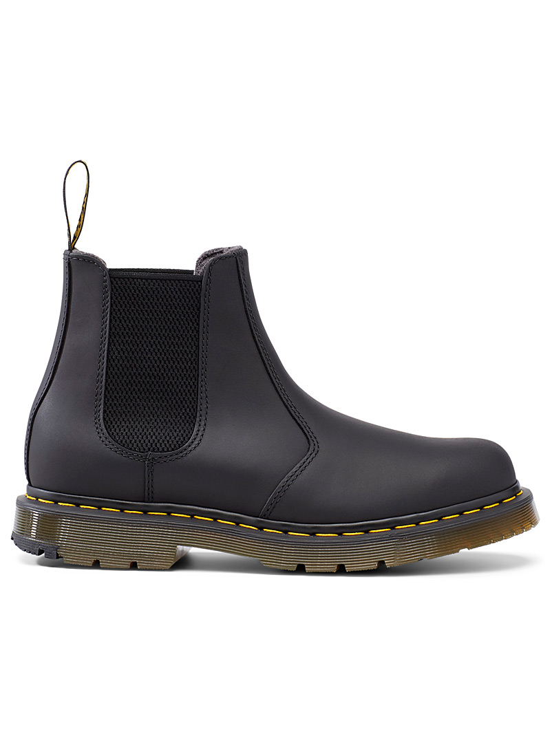 dr martens faux leather 2976 chelsea boots in black smooth