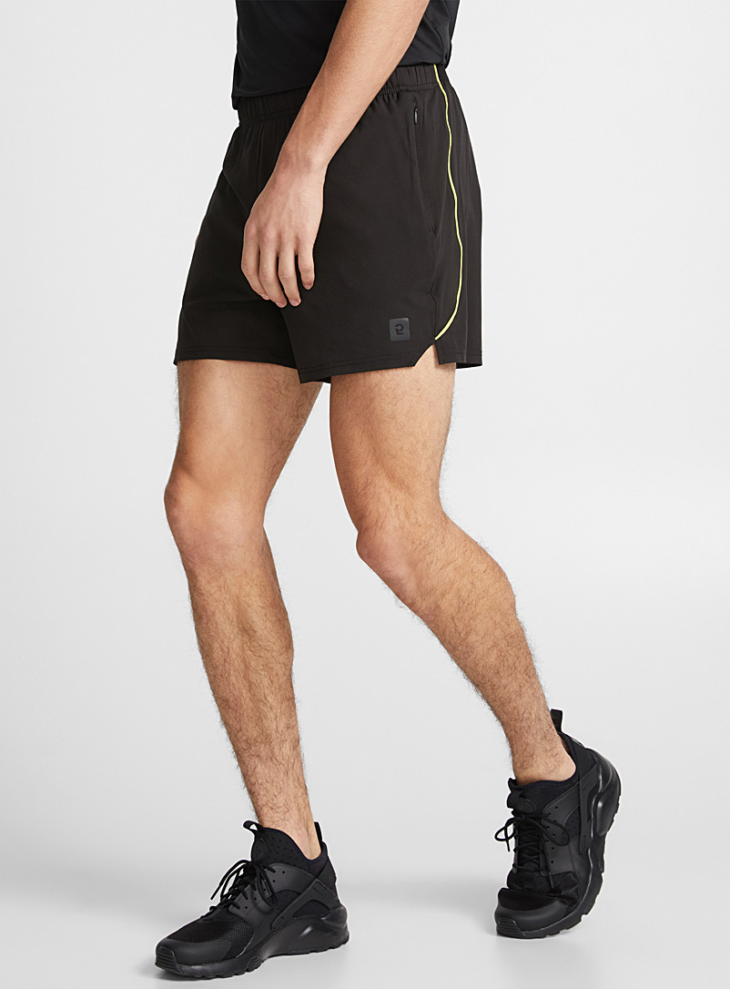 two-tone-stretch-short