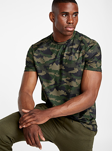Micro-perforated camo tee