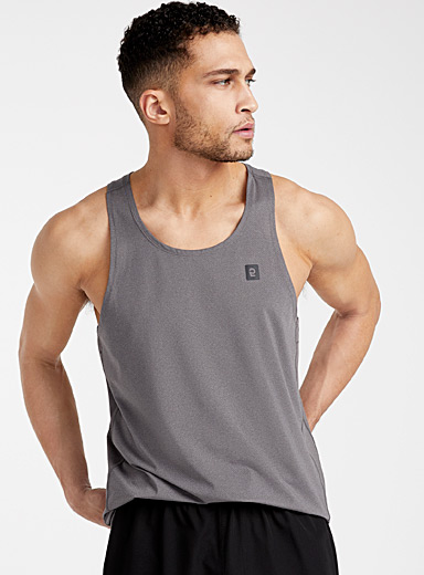 Le tank top microperforé