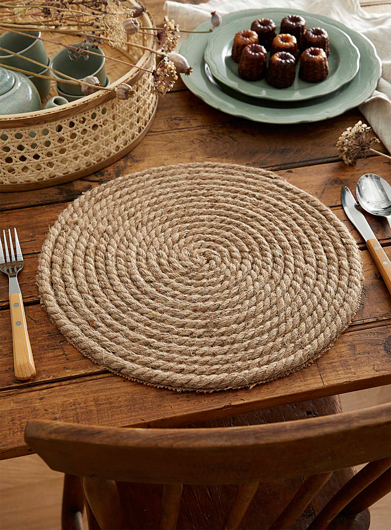 Jute cord placemat