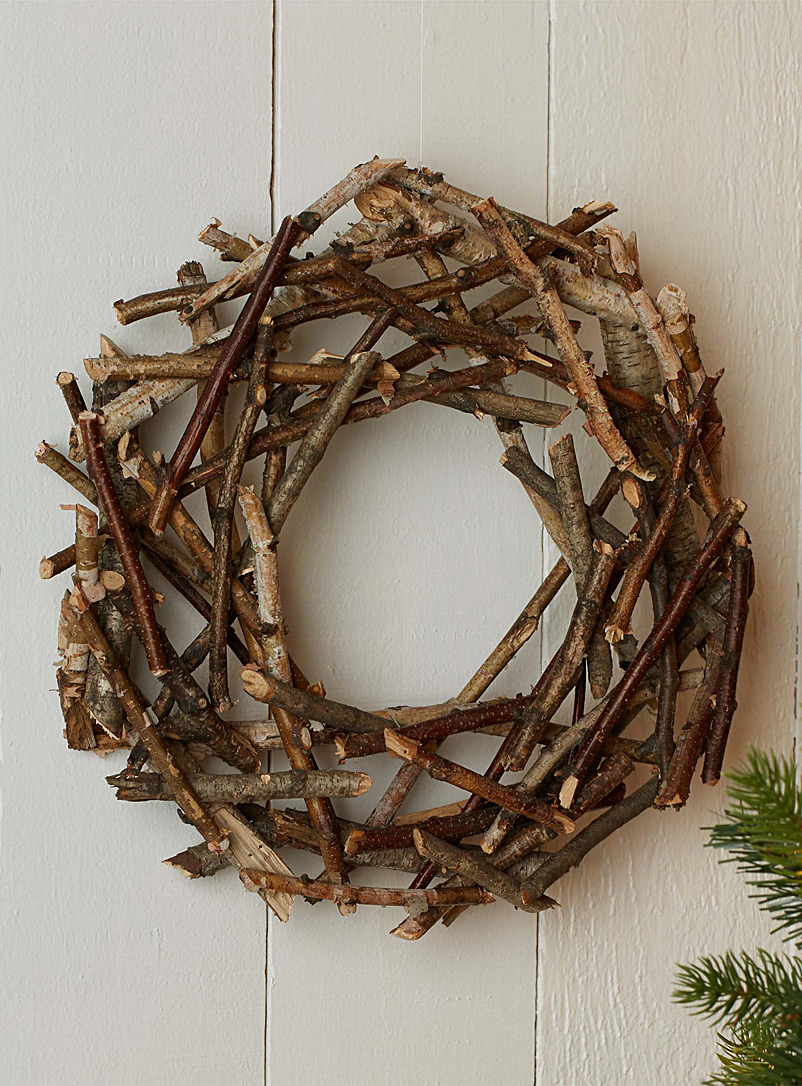wooden-twig-wreath