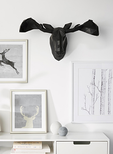 Moose head sculpture