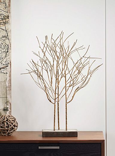 Urban metallic decorative tree