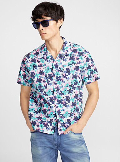Spring flowers camp shirt <br>Semi-tailored fit
