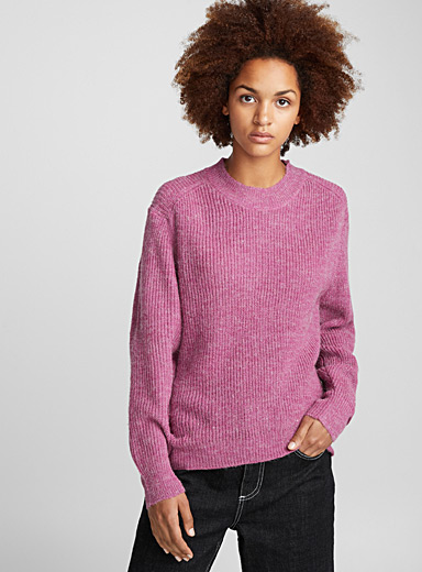 Fluffy ribbed sweater