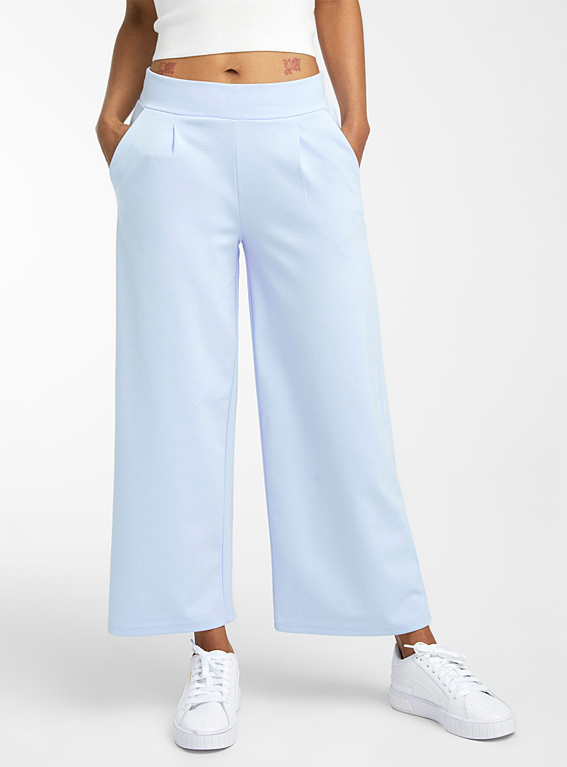ICHI Baby Blue Engineered jersey cropped pant for women