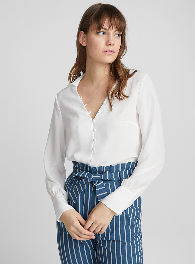 covered-button-blouse