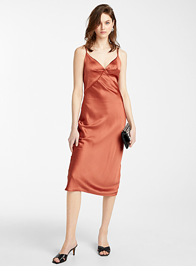 Icône Copper Coppery satin slip dress for women