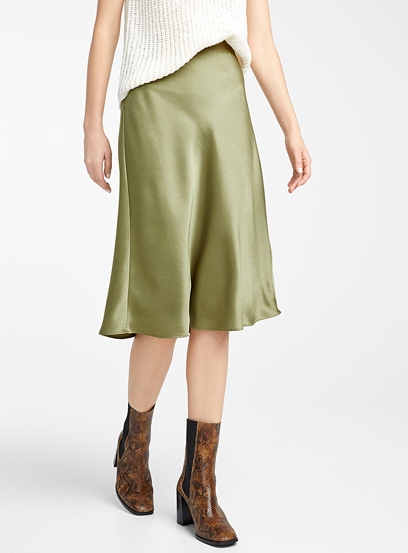 Ic?ne Bottle Green Satiny full skirt for women