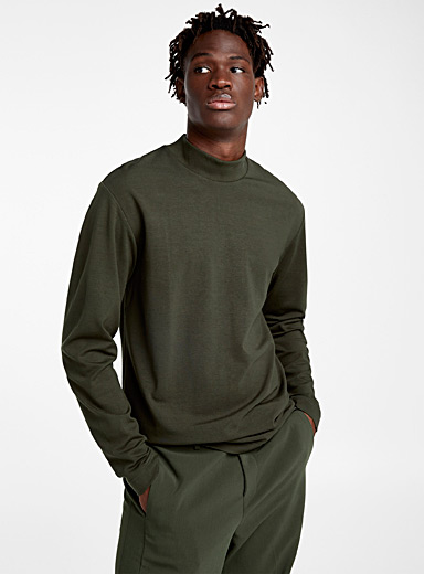 Comfort stretch mock neck