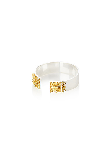 Regal gilded open ring