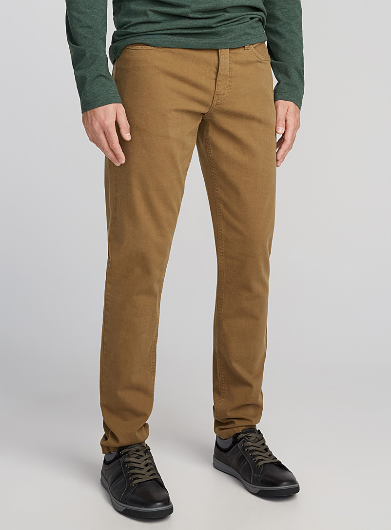 Le chino extensible 5 poches  Coupe Stockholm - Ajustée - Coupe super ajustée et ajustée - Tan beige fauve