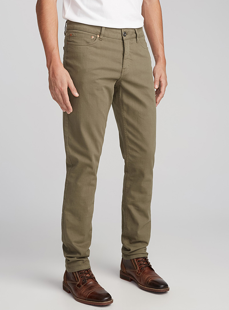 Le chino extensible 5 poches  Coupe Stockholm - Ajustée - Coupe super ajustée et ajustée - Vert foncé-mousse-olive