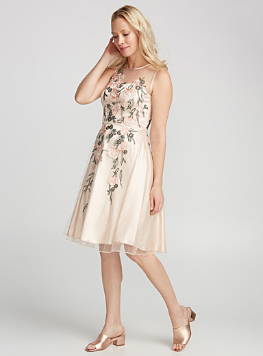 Flower embroidery tulle dress
