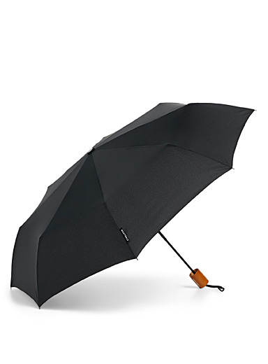 Wood handle solid umbrella