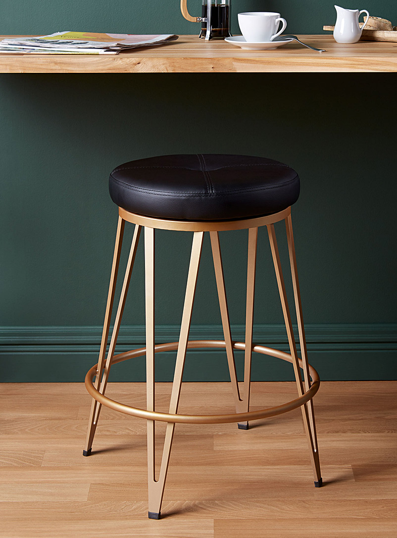 sophisticated-stool