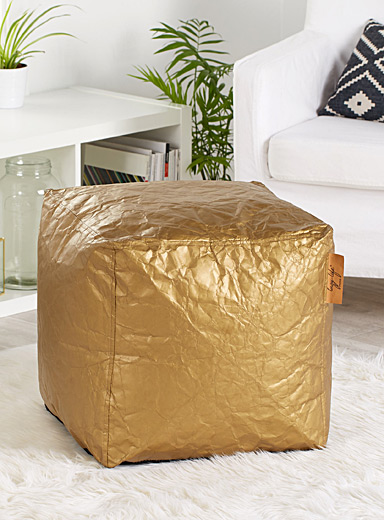 Chic textured pouf