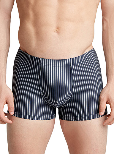 Vertical stripe trunk