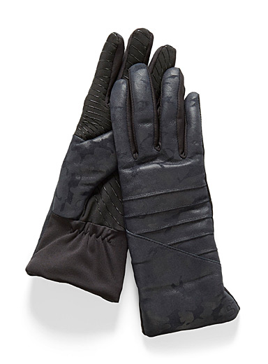 Leather technical gloves