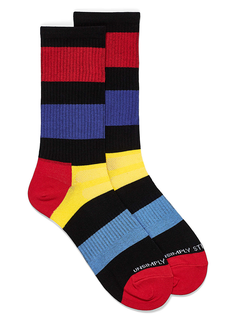 Unsimply Stitched Patterned Black Thick stripe athletic socks for men
