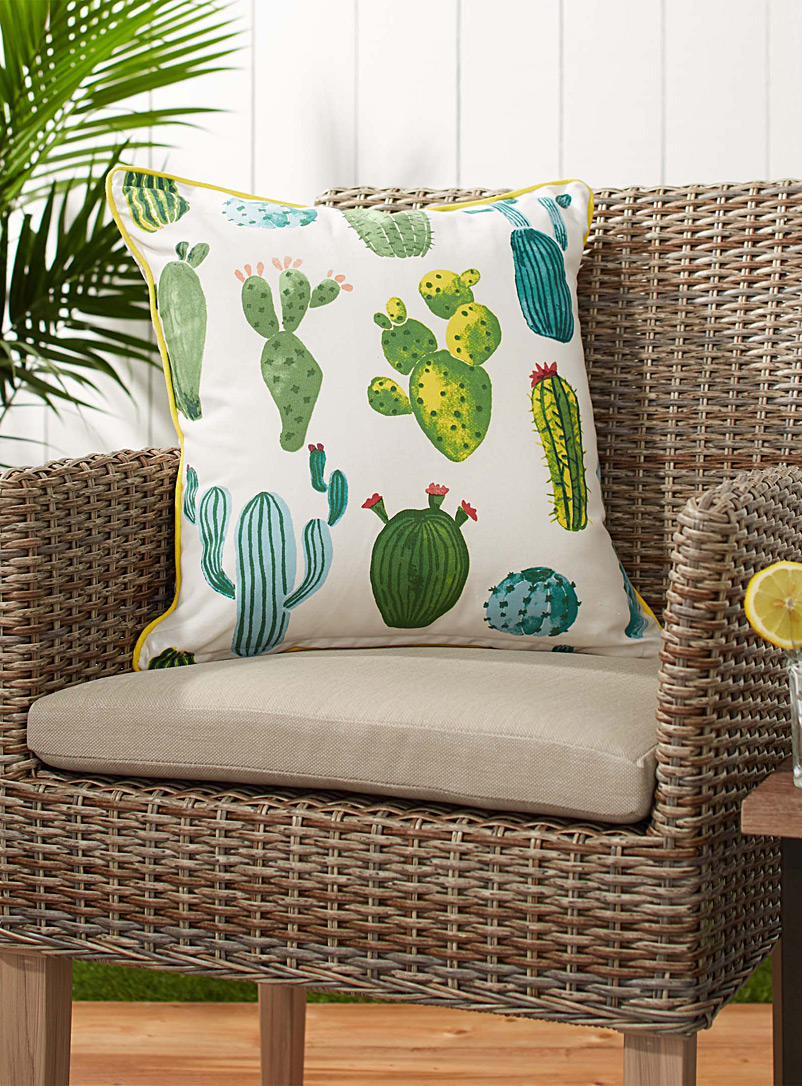 tehuacan-valley-outdoor-cushion-br-18-x-18