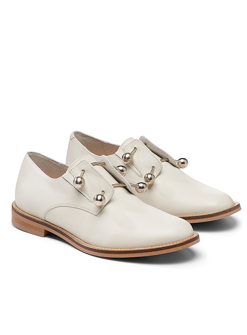 Jonak Ivory White Duthen ivory brogues for women