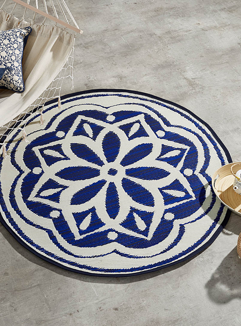mediterranean-medallion-outdoor-rug-br-120-cm-in-diameter