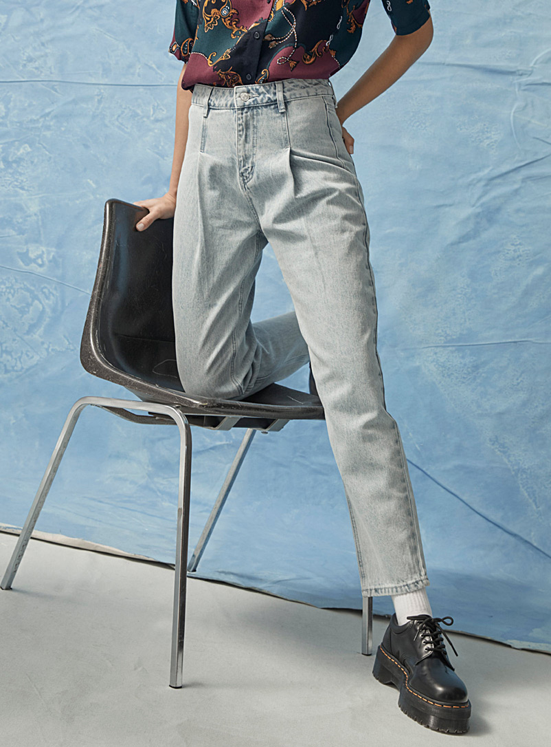 Pleated vintage mom jean  Old School fit