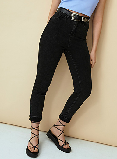 Faded black slim-fit jean  Pop fit