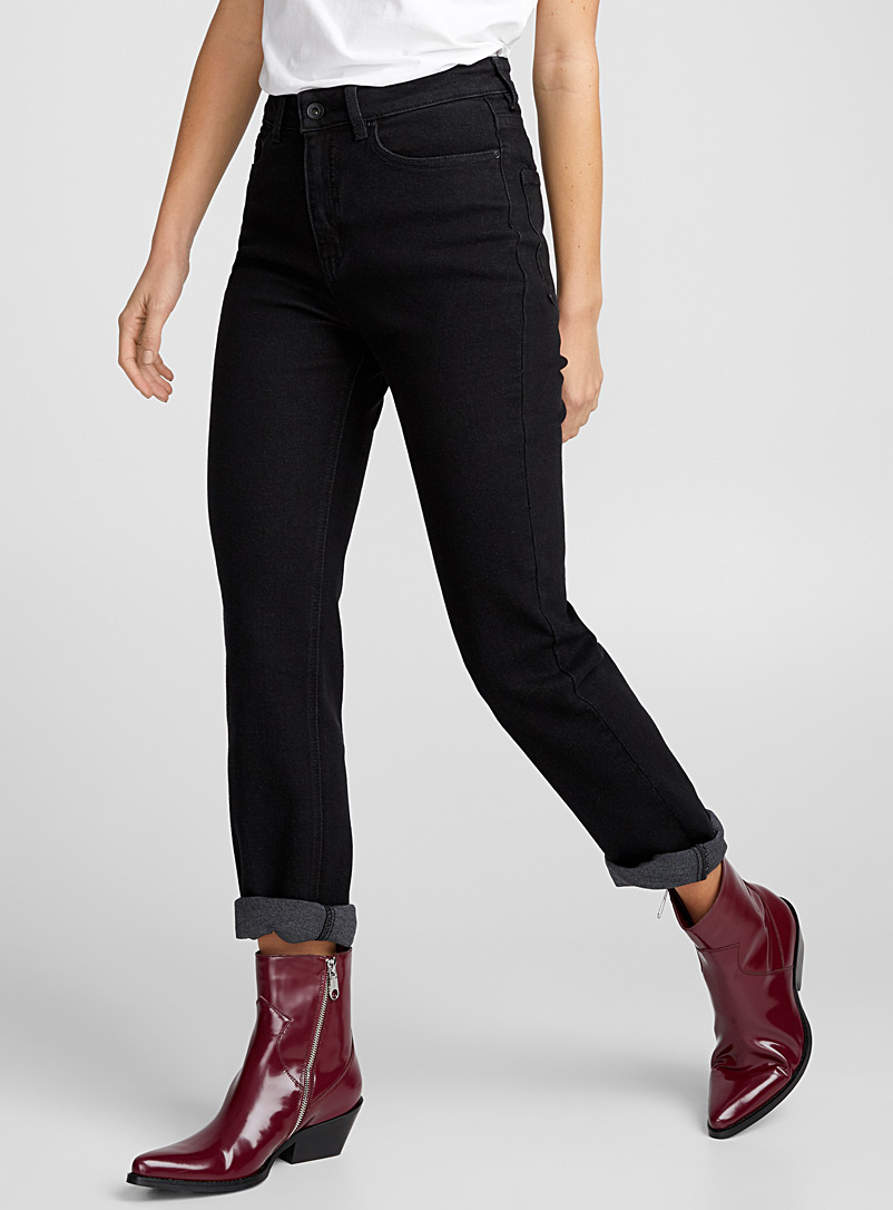Dark black mom jean - High Rise - Black