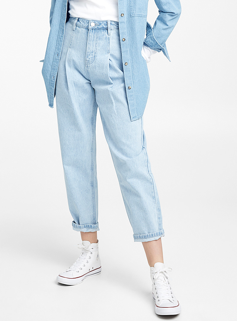 le-mom-jeans-bleu-clair-br-coupe-old-school