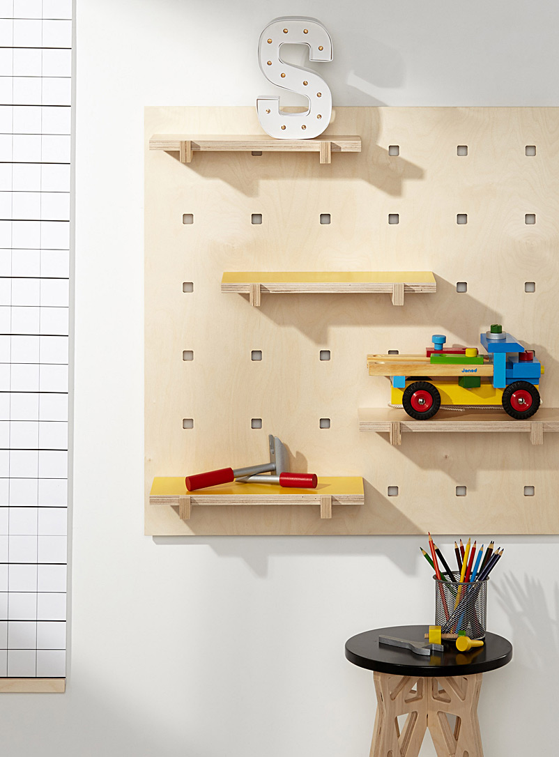 wall-mount-with-shelves