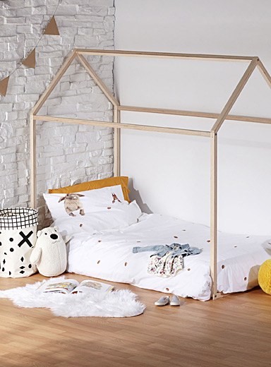 Single bed wooden playhouse
