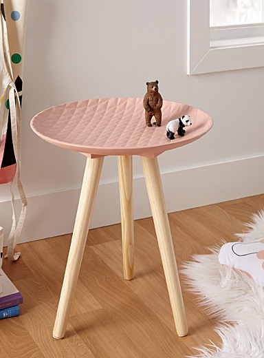 Faux-quilted end table