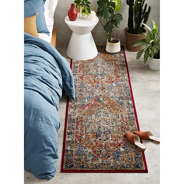 le-tapis-de-couloir-medaillon-royal