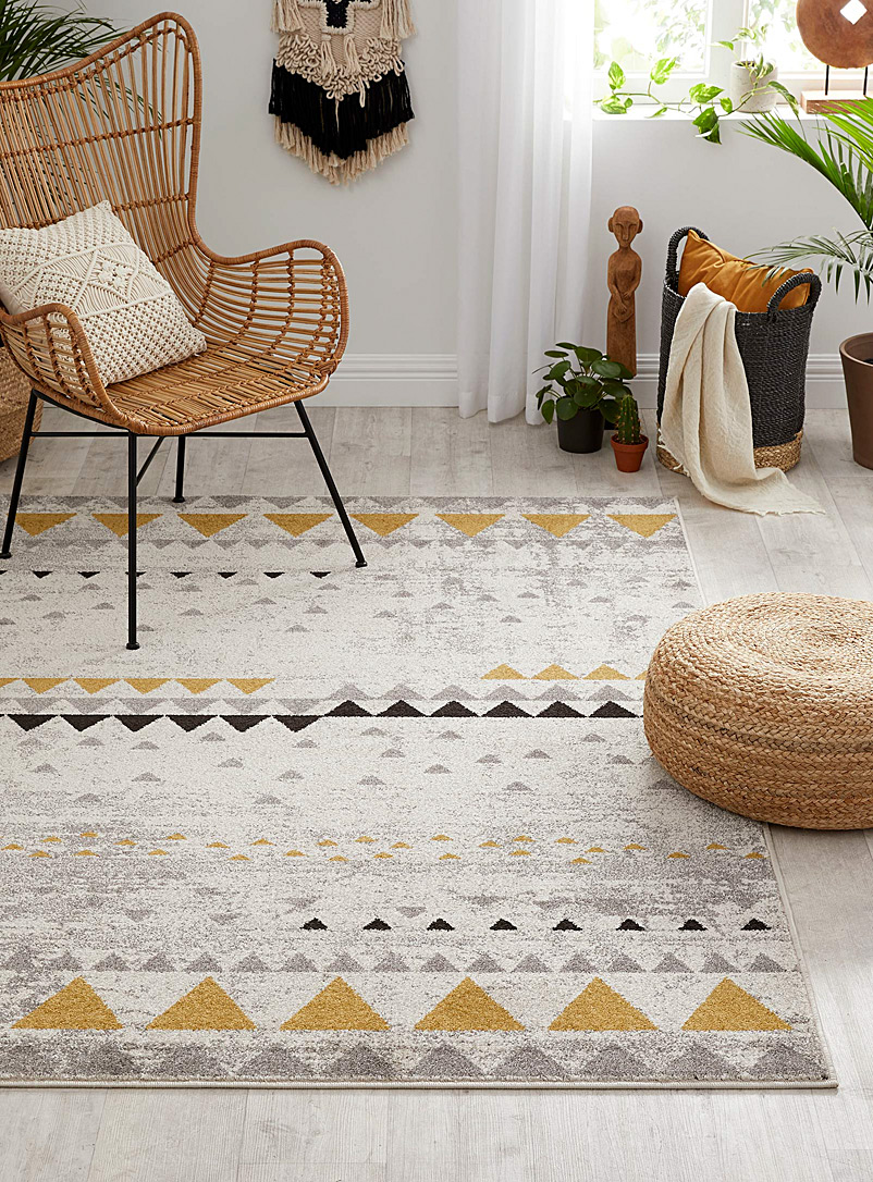 Golden point rug  2 sizes available