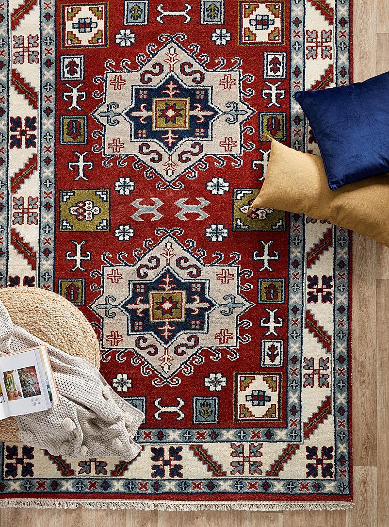 persian-richness-artisanal-rug