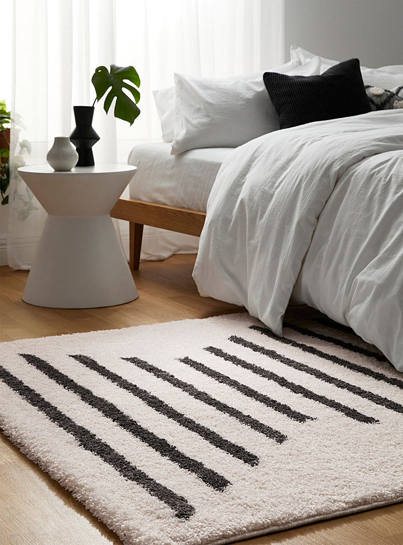 Simons Maison Patterned White Hourglass shag rug See available sizes