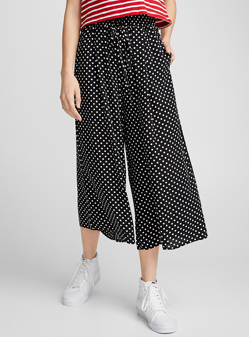 Twik Black and White Rayon print gaucho pant for women
