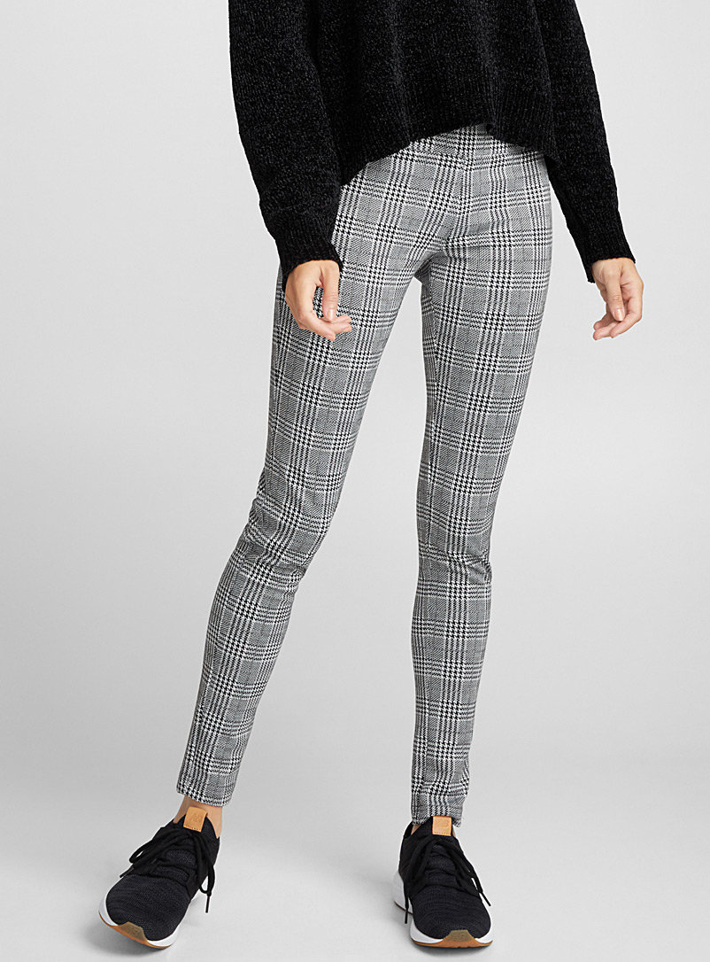 Twik Patterned Grey Career print legging for women