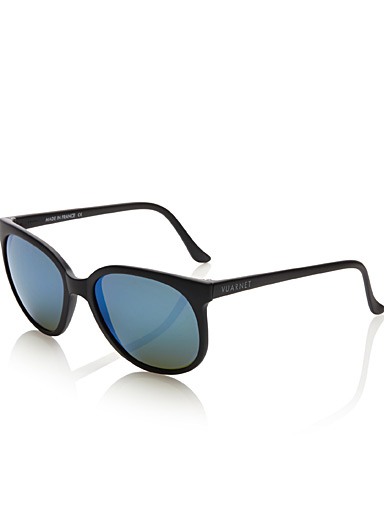 Iconic O2 sunglasses