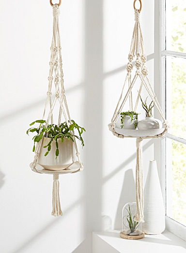 Set of 2 macramé plant hangers