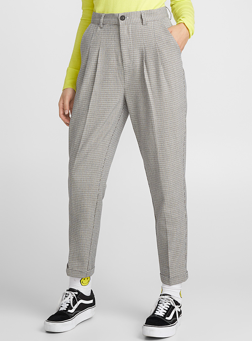 mini-check-pleated-pant