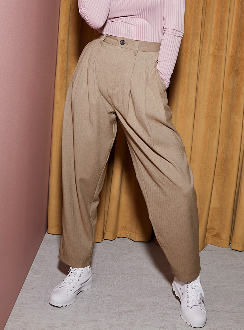 Twik Sand Pleated-waist balloon pant for women