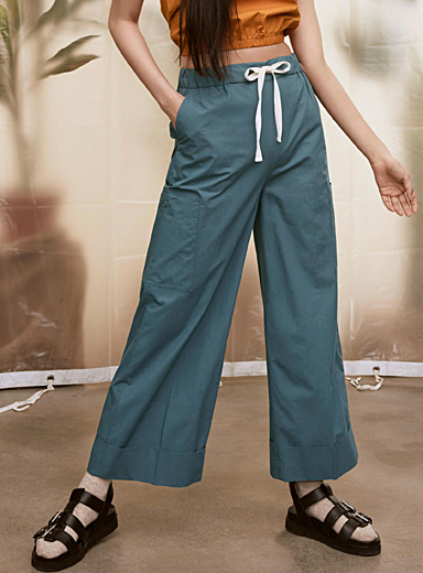 Organic cotton wide-leg gardener pant