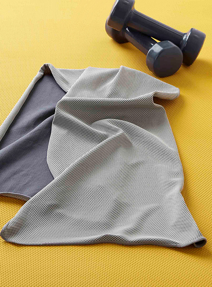 Sports-pro towel - Solid - Grey