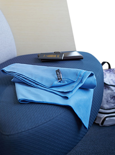 The smart-traveller's towel