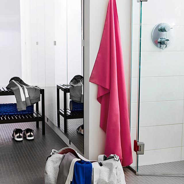 the-smart-traveller-s-towel