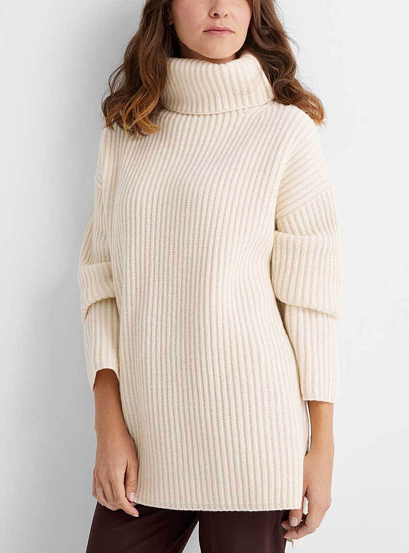 Joseph Ivory White Oversized ribbed turtleneck for women